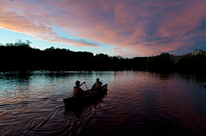 Dusk is a magical time to be on the water. Experience it during our Moonlight Tour.
